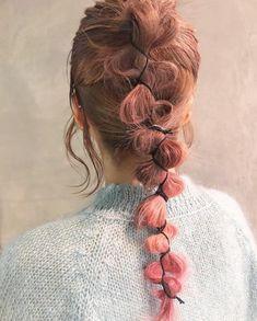 ヘアアレンジ🍒 . ロングでインナーカラーの アレンジかわいいです💐 . @siika_satoomari さんに アレンジしてもらいました〜! . . インナーカラーも大人気です🙆🏼♀️ 密かにカラーしたい方にもおすすめ! Hair Inspo, Hair Inspiration, Pretty Hairstyles, Braided Hairstyles, Long Length Hair, Hair Arrange, Editorial Hair, Hair Reference, Hair Shows