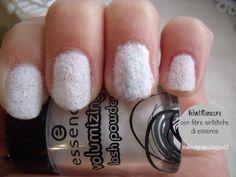 #Rabbit #manicure: #velvet manicure con fibre sintetiche #essence