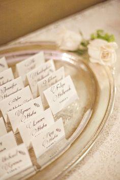 Elegant Wedding Escort Cards #escortcards #whitewedding #elegantwedding