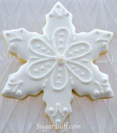Snowflake Cookies – One dozen sparkly unique snowflake decorated cookies- 12 decorated sugar cookies – The Best Christmas Cookies Galletas Cookies, Iced Cookies, Royal Icing Cookies, Cookies Et Biscuits, Baby Cookies, Heart Cookies, Pecan Cookies, Christmas Sugar Cookies, Holiday Cookies