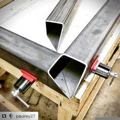 Ideas for metal welding projects # Welding projects - Ideas for metal welding projects # Welding Projects - Shielded Metal Arc Welding, Metal Welding, Welding Art, Welding Flux, Welding Design, Welding Classes, Welding Jobs, Metal Projects, Welding Projects