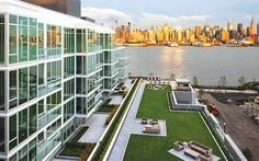 Image from http://therealdeal.com/wp-content/uploads/2014/10/weehawken.jpg.