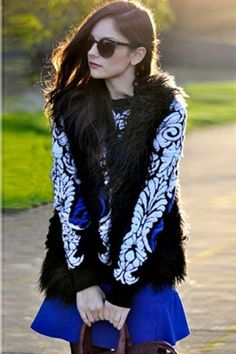 c61d8cb5ac Black Long-sleeve Print Top with Blue Skirt US  19.9 Stay in fashion for