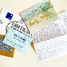 Creative snail mail #SendItForward Pen Pal Letters, Writing Letters, Diy Letters, Pocket Letter, Snail Mail Pen Pals, Postcard Book, Mail Ideas, Handwritten Letters, Vintage Lettering