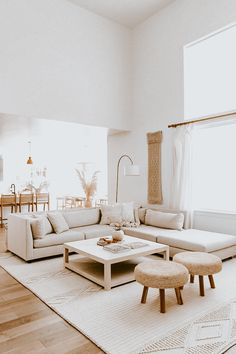 Home Living Room, Interior Design Living Room, Modern Living Room Decor, White House Interior, Nordic Living Room, Living Room Ideas, White Interior Design, Modern Apartment Decor, Living Room Neutral