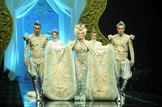Carmen Dell'Orefice in Guo Pei