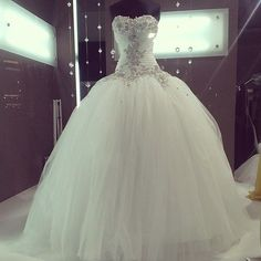 New Applique Beaded Sweetheart Wedding Dresses Ball Gown Bridal Gowns Custom