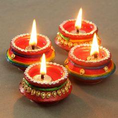 Diwali Diya, Diwali Gifts, Happy Diwali, Diwali Decoration Items, Thali Decoration Ideas, Diy Decoration, Table Decorations, Diwali For Kids, Diwali Craft