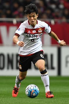 Ju Se Jong of FC Seoul in action during the AFC Champions League match Group F match between Urawa Red Diamonds and FC Seoul at Saitama Stadium on February 28, 2017 in Saitama, Japan.