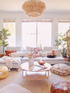 Casa da Anitta: see the singer's mansion in Barra da Tijuca - Home Fashion Trend Dream Living Rooms, Decor, Boho Living Room, Living Room Decor Neutral, Furniture, White Sectional, Living Decor, Home Decor, Apartment Decor