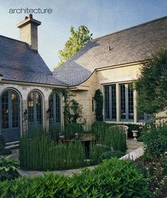 French courtyard on pinterest courtyards italian for French country courtyard