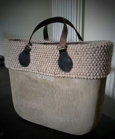 Brush roccia Tote Purse, Hobo Bag, Obag Brush, Fashion Handbags, Fashion Bags, Women's Fashion, My Bags, Purses And Bags, O Bag Mini