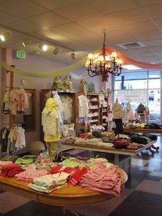 1000 images about ribbons and bows boutique on pinterest for Retail store setup ideas