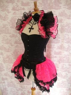 *STEAMPUNK*BURLESQUE*   *PINK ENCHANTMENT* Black and pink <3