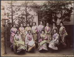 Portrait of a group of Tea house girls, ca.1860-1900