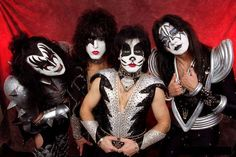 KISS band- yep, saw them and never liked them growing up- this was an AWESOME show