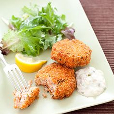 Easy Salmon Cakes  Recipe - Americas Test Kitchen/ 3tablespoons plus 3/4 cup panko bread crumbs 2tablespoons minced fresh parsley 2tablespoons mayonnaise 4teaspoons lemon juice 1 scallion, sliced thin 1 small shallot, minced 1teaspoon Dijon mustard 3/4teaspoon salt 1/4teaspoon pepper  Pinch cayenne pepper 1 (1 1/4 pound) skinless salmon fillet, cut into 1-inch pieces 1/2cup vegetable oil