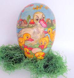 Vintage Paper Mache Easter Egg Made in Western by teresatudor, $12.00