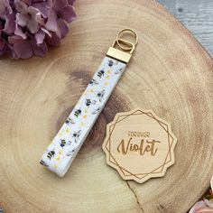 Honey Bee Wristlet - Wristlet