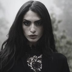 Dark Poetry of Segovia Amil Segovia Amil, Female Character Inspiration, Story Inspiration, Dark Beauty, Yennefer Of Vengerberg, Photo Grid, Portraits, Wow Art, Woman Face