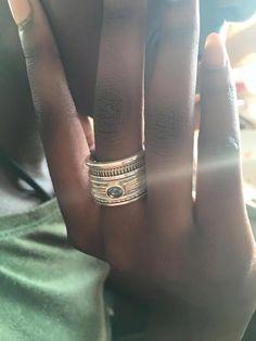 De nieuwe collectie is er! Deze #Vinx #Hollands #Glorie ringen zijn gemaakt van…