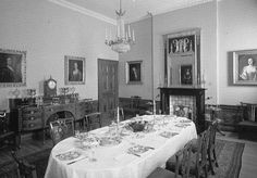Old travel Blog photograph of the dining room in an 18th century townhouse situated at No. 7 Charlotte Square in the heart of the historic ...