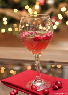 Jingle Juice Holiday Drink Recipe - How to Nest for Less™