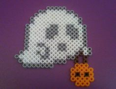 Halloween perler bead ghost by ALittleKajira on deviantart - http://www.mariadiazdesigns.com/mdd/shop.php?showid=233