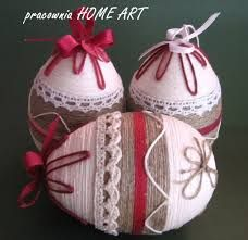 Znalezione obrazy dla zapytania bombki filcowane na sucho Egg Crafts, Easter Crafts, Diy And Crafts, Holiday Ornaments, Holiday Crafts, About Easter, Diy Ostern, Easter Traditions, Easter Crochet