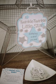 My best friend Amanda threw me the cutest Twinkle Twinkle Little Star Sprinkle to celebrate baby boy. There was a Mimosa Bar, a parfait station and other breakfast goodies. It was a small little celebration with just my family and closest friends, and it was perfect. Thank you to PinkBlush Maternity for my beautiful dress and Ashley from Peyton's TreasureContinue Reading