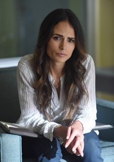 Jordana Brewster in Lethal Weapon Riggs And Murtaugh, Beautiful Celebrities, Beautiful Women, Lethal Weapon, Star Wars, Jennifer Connelly, Famous Women, Female Images, Best Actress