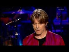 DAVID BOWIE - HALLO SPACEBOY - LIVE OLYMPIA 2002 - (+playlist)