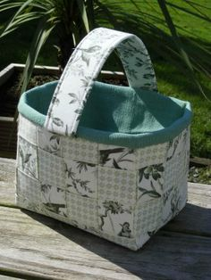 Woven fabric basket tutorial - would be great for farmer's markets or when I go to Pete's!