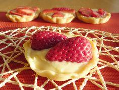 Sweet Recipes, Waffles, Cheesecake, Strawberry, Cupcakes, Fruit, Breakfast, Food, Gardening
