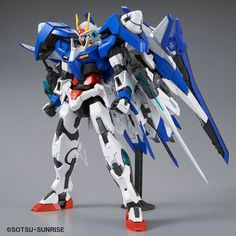 Crunchyroll - 00 XN Raiser Master Grade 1/100 Scale Model Kit - Mobile Suit Gundam 00V