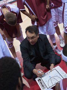 籃球筆記 - 籃球教練、助理教練應有能力與任務