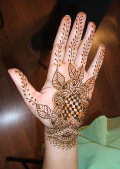 mehndi design for hand. You like it ? :-)