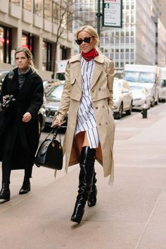 The Best Street Style Looks From New York Fashion Week Fall 2018 - Fashionista New Street Style, New York Fashion Week Street Style, Street Style Trends, Autumn Street Style, Cool Street Fashion, Street Style Looks, Looks Style, Look Fashion, Trendy Fashion