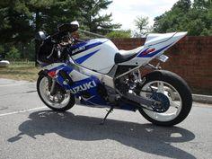 Suzuki GSX-R K1 swap to K4