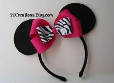 Minnie Mouse DIY Headband... as favors for girls (Boy ones w/o bow) or just personal one for Abbie.... Minnie Mouse Theme Party, Minnie Mouse 1st Birthday, Baby Girl 1st Birthday, Mickey Minnie Mouse, Disney Birthday, Zebra Birthday, Birthday Ideas, Birthday Parties, Theme Parties