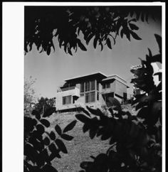 Exterior view of the Goodwin House, Los Angeles, 1940 :: Library Exhibits Collection Usc Library, University Of Southern California, Cinema Posters, Illuminated Manuscript, Digital Image, Black History, Art Decor, Exterior, Drawings