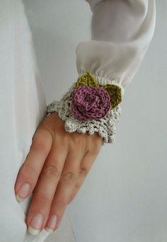 Beautiful #crochet cuffs from Little Treasures