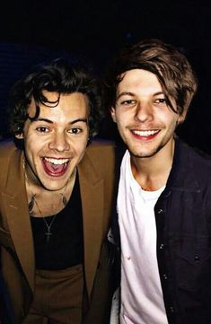 But It looks so real. Whyyy?! My larry hearttt!