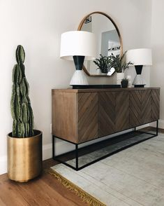 Shop The Look: Mid-Century Decor Trends - Wohnaccessoires Sideboard Dekor, Retro Sideboard, Sideboard Buffet, Dark Wood Sideboard, Boho Living Room, Living Room Decor, Living Room Sets, Transitional Home Decor, Mid Century Decor