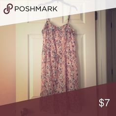 Floral Tank Dress💕 Floral Tank Dress with cute front tie! Worn only a few times. Forever 21 Dresses
