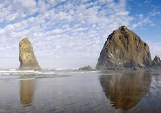 US Route 101 follows the Pacific coastline, including the Oregon coast. Visit www.discoveramerica.com for more places to visit in the USA.