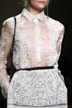 Valentino Ready-To-Wear Spring 2012 Details