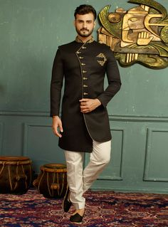 Buy Black Jacquard Readymade Indo Western Sherwani 146514 online at lowest price from vast collection at m.indianclothstore.c.