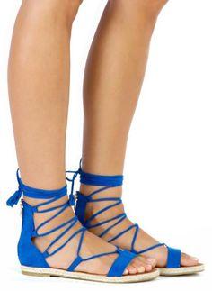 Kobaltowe wiązane sandałki Glam