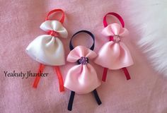 Mini bow- a dancing doll